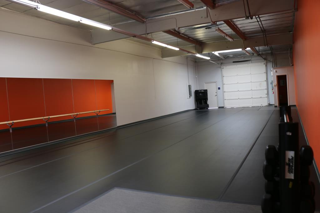 16 St Dance Room